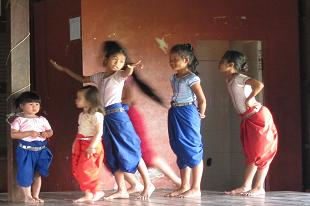 PHNOM PENH - Ecole de danse Apsara 1